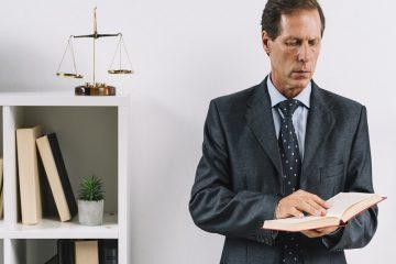 وکیل پایه یک دادگستری و مشاوره حقوقی | وکیل کیست | بهترین وکیل پایه یک تهران |