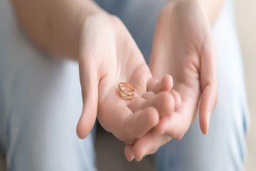 طلاق به در خواست زن | درخواست طلاق از طرف زن | شرایط طلاق گرفتن زن از مرد